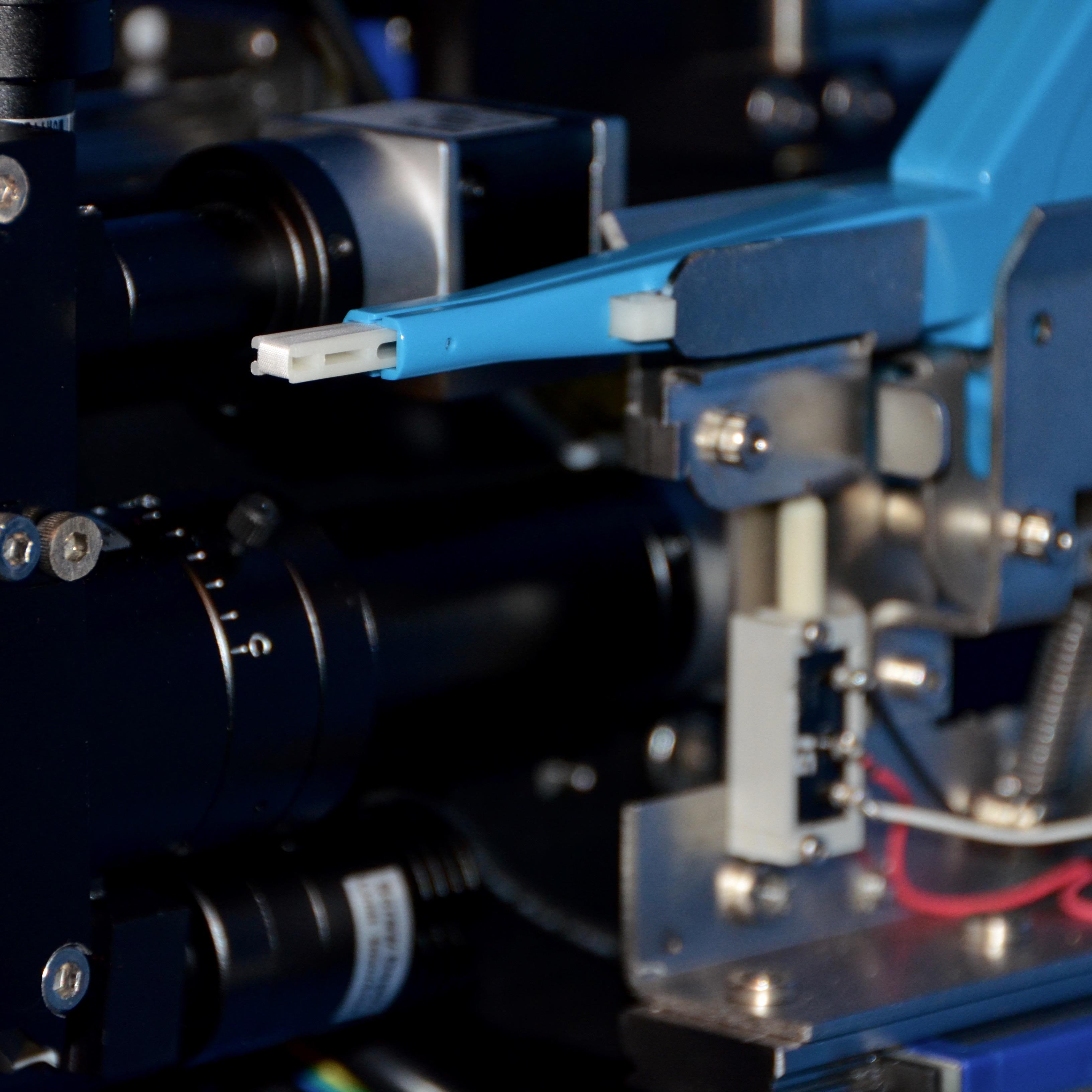 robotic-fiberoptic-endface-cleaner.jpg